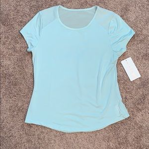 NWT DANSKIN ACTIVE TOP